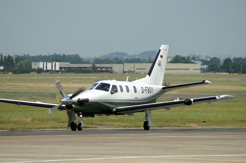 SOCATA TBM700 D-FBOY at the Paris Air Show 2005.
