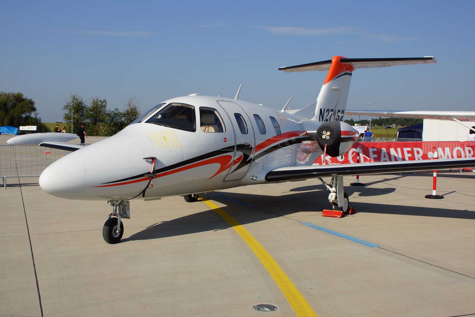 Eclipse 500 N27052 Very Light Jet (VLJ)