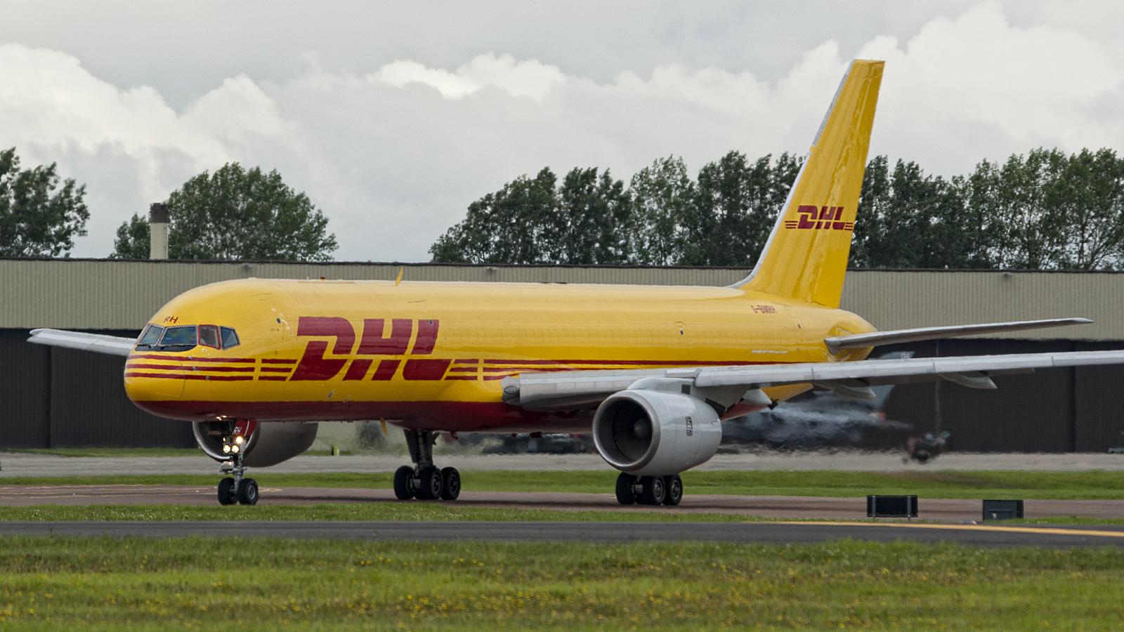 IMGP7099-Boeing-757-236-SF-G-BMRH-DHL.jp