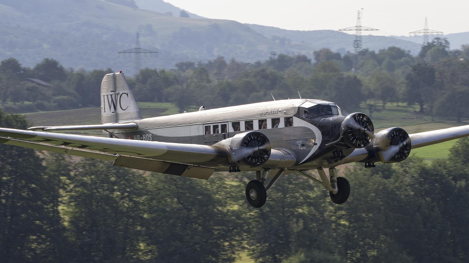 Junkers Ju-52-3mg4e HB-HOS Ju Air