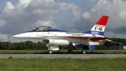 IMGP0421 General Dynamics Fokker F-16A Fighting Falcon 401 KLU J-229 Prototype colors