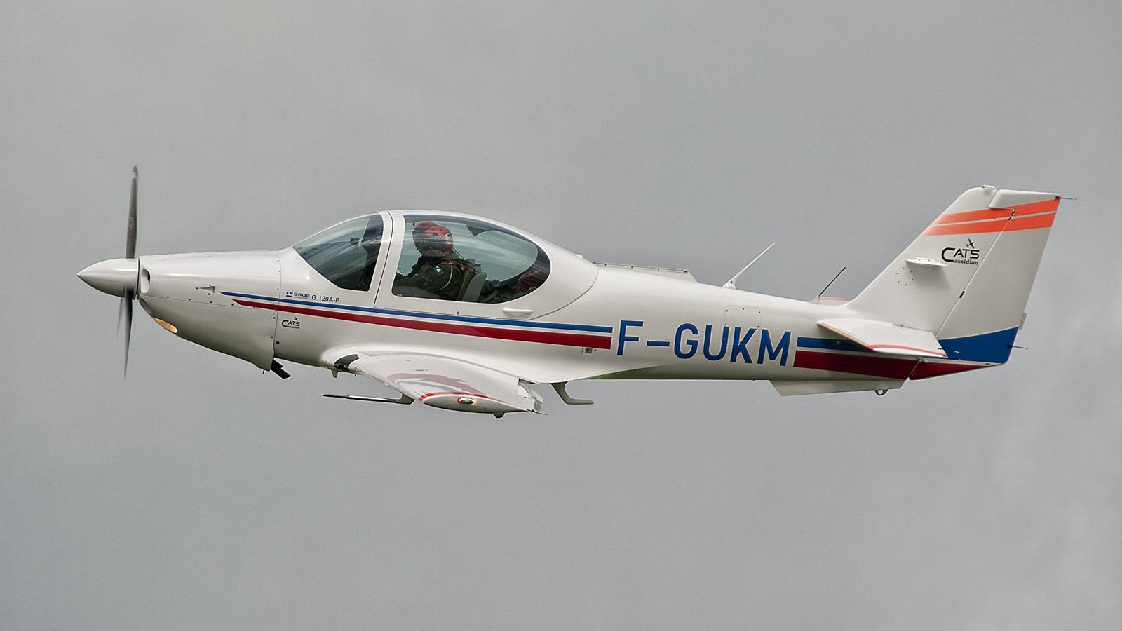 Grob G120A-F F-GUKM