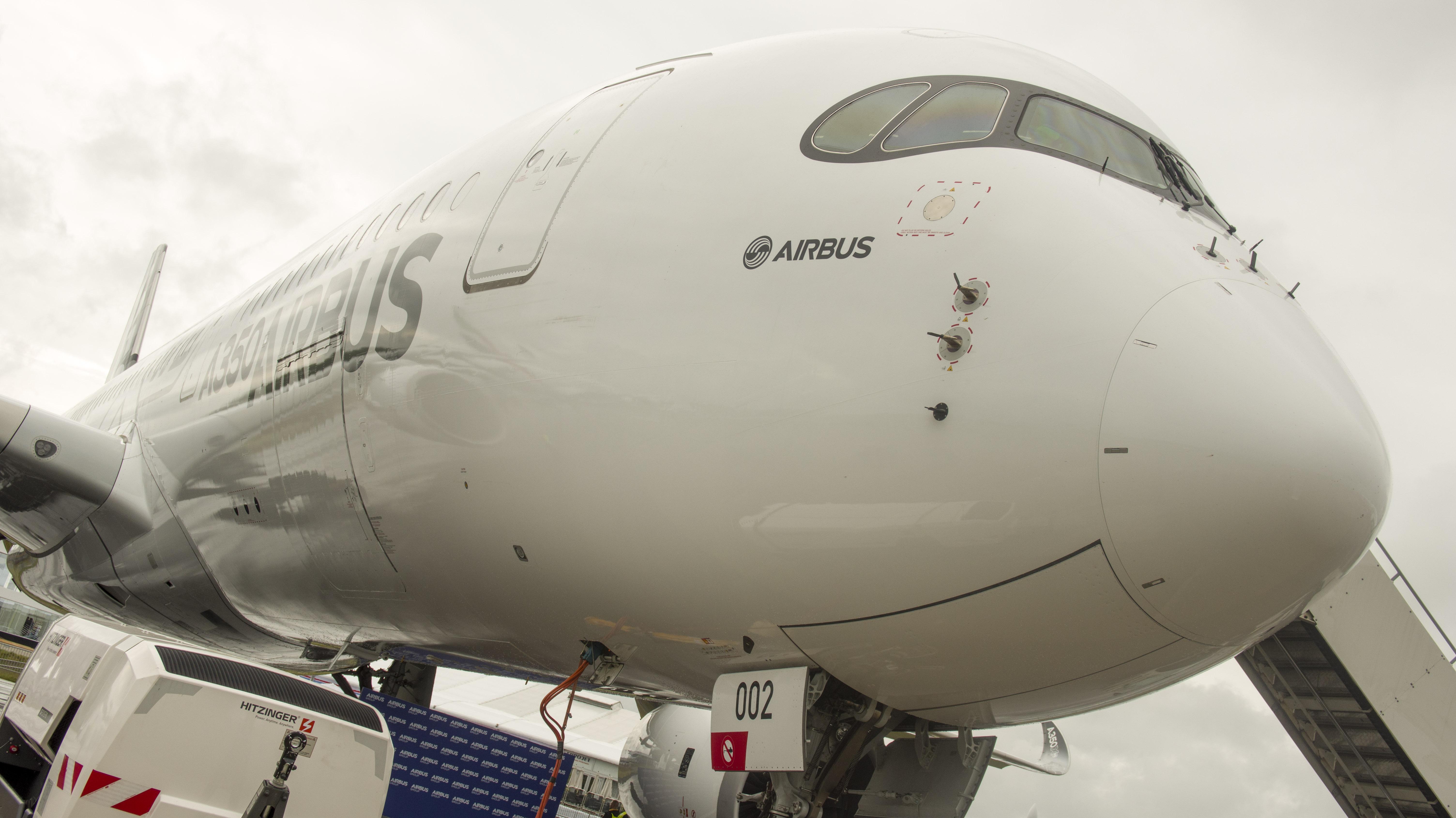 _IMG1734 Airbus A350-941 Airbus company F-WWCF