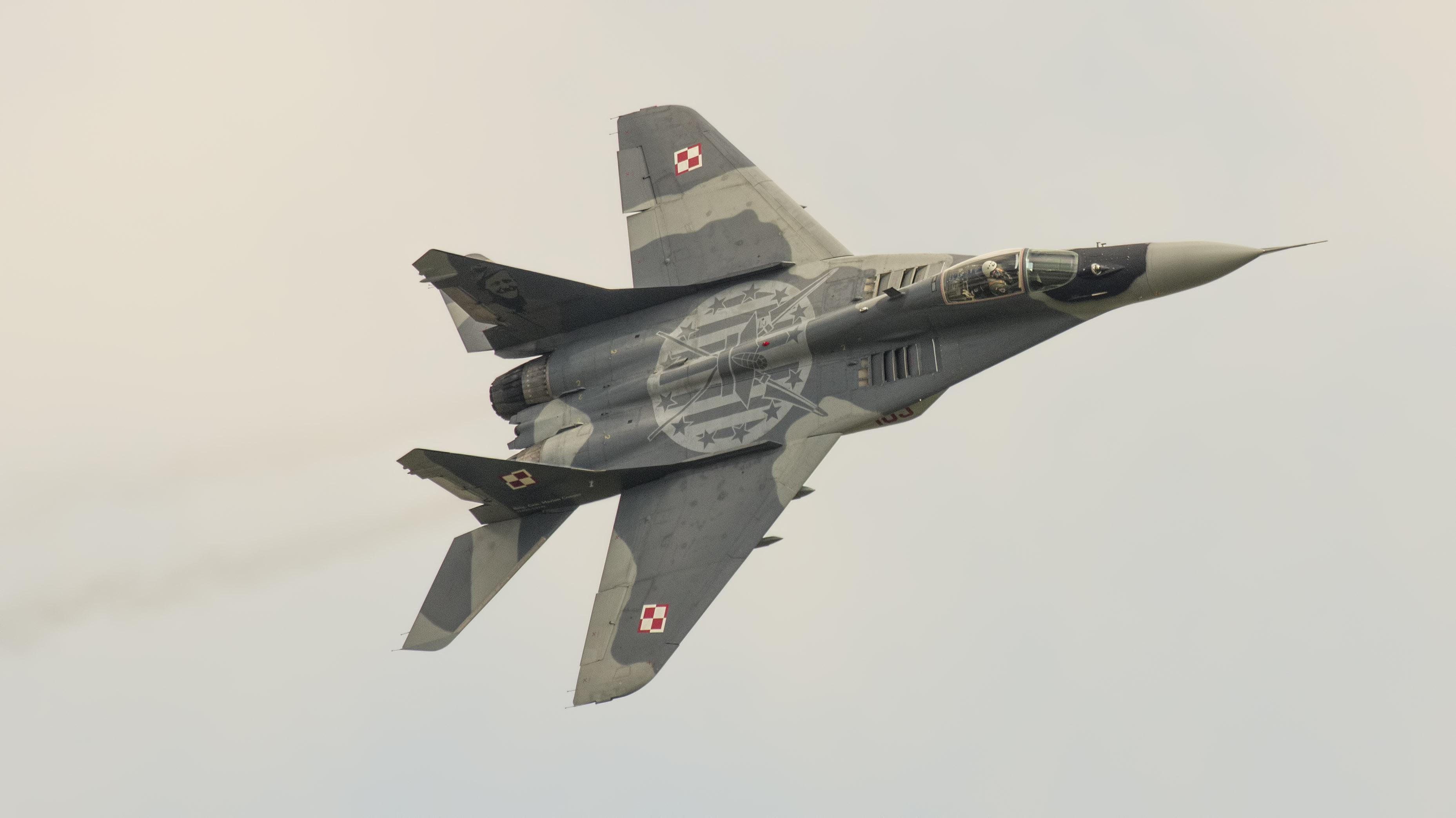 _IMG2074 Mikoyan-Gurevich MiG-29A 9-12A 105 Polish Air Force