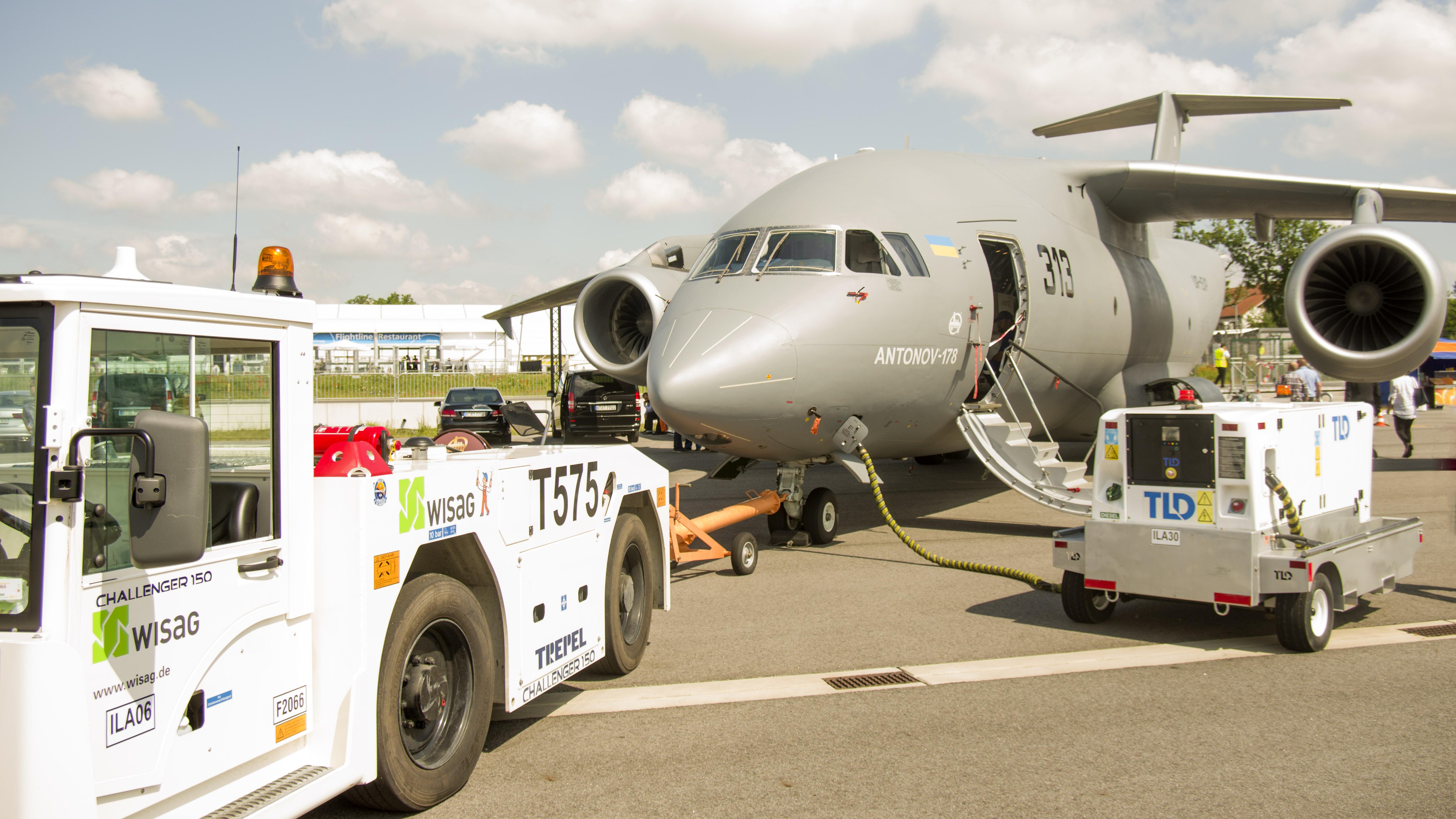 _IMG2298 Antonov An-178 UR-EXP Antonov company