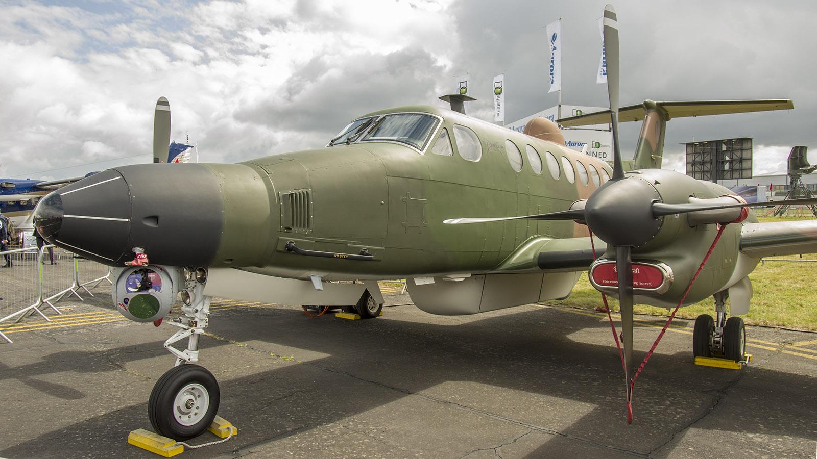 _IMG5455 Beechcraft B300 King Air 350 N5055J L-3 Communications s