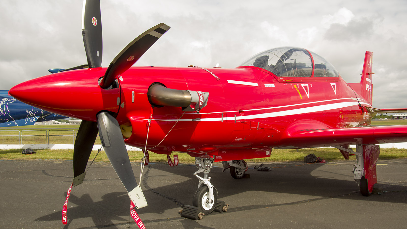 _IMG5457 Pilatus PC-21 HB-HZC Pilatus Aircraft s