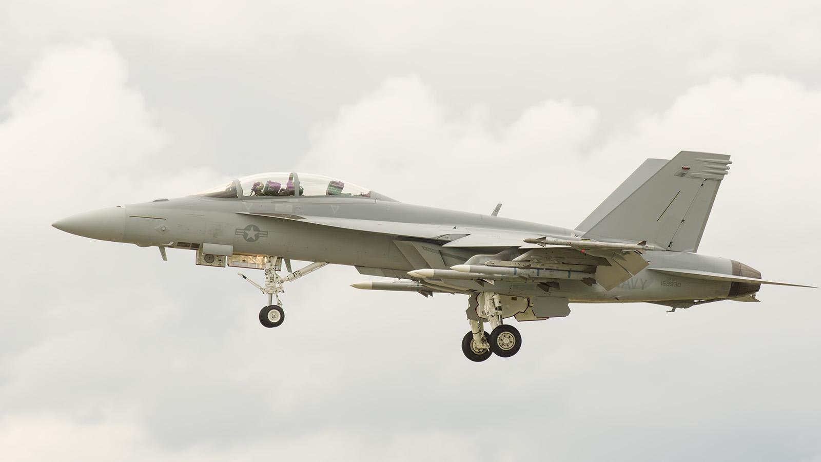 _IMG5742 Boeing FA-18F Super Hornet 168930 US Navy s