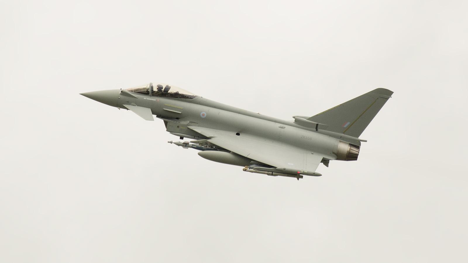 _IMG5757 Eurofighter EF-2000 Typhoon FGR4 RAF ZK356 s