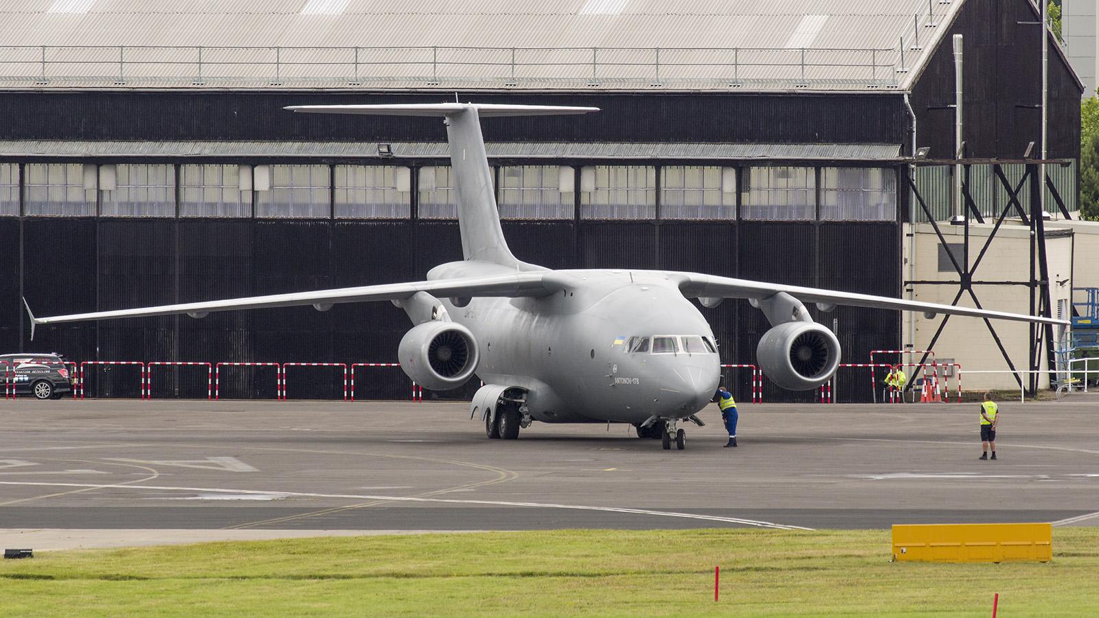 _IMG5887 Antonov An-178 UR-EXP Antonov Design Buro s