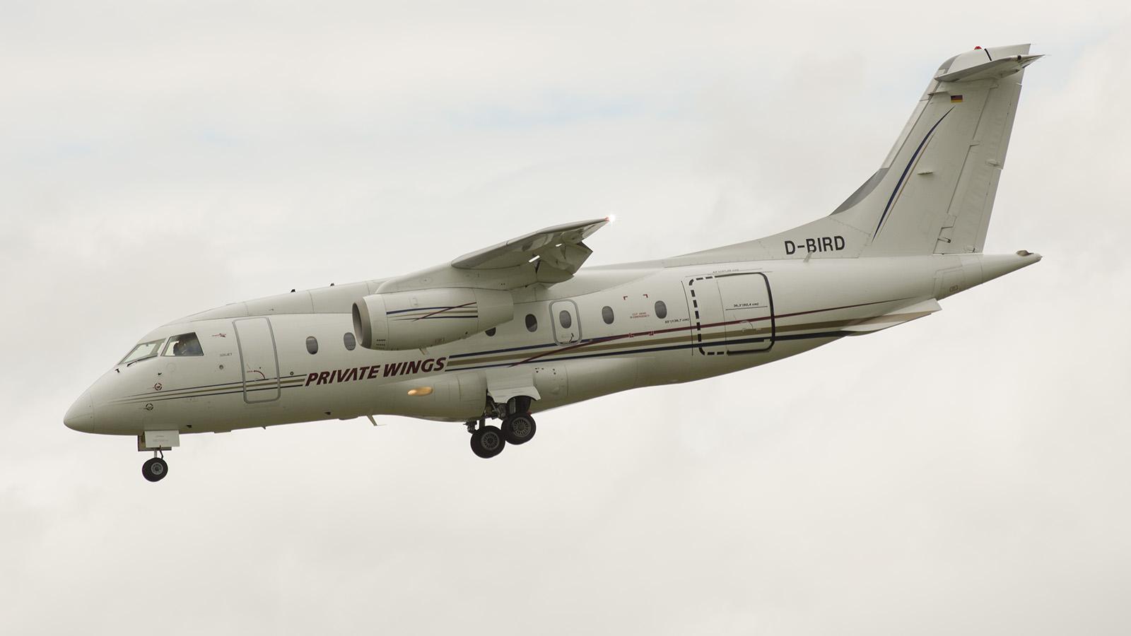 _IMG5903 Fairchild Dornier 328-310 328JET D-BIRD s