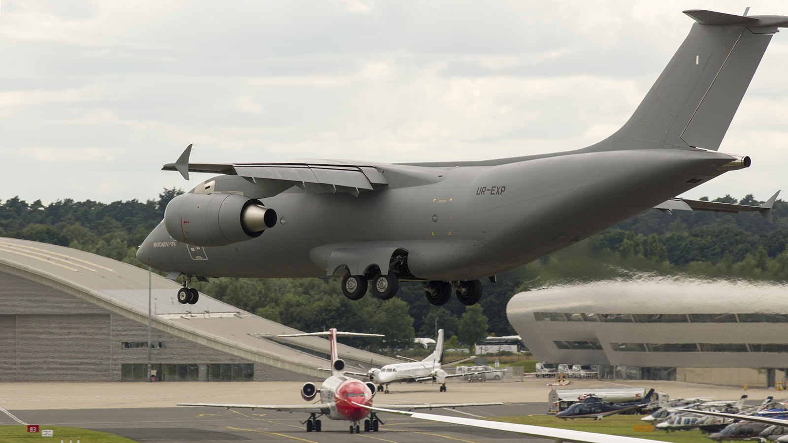 _IMG5927 Antonov An-178 UR-EXP Antonov Design Buro s