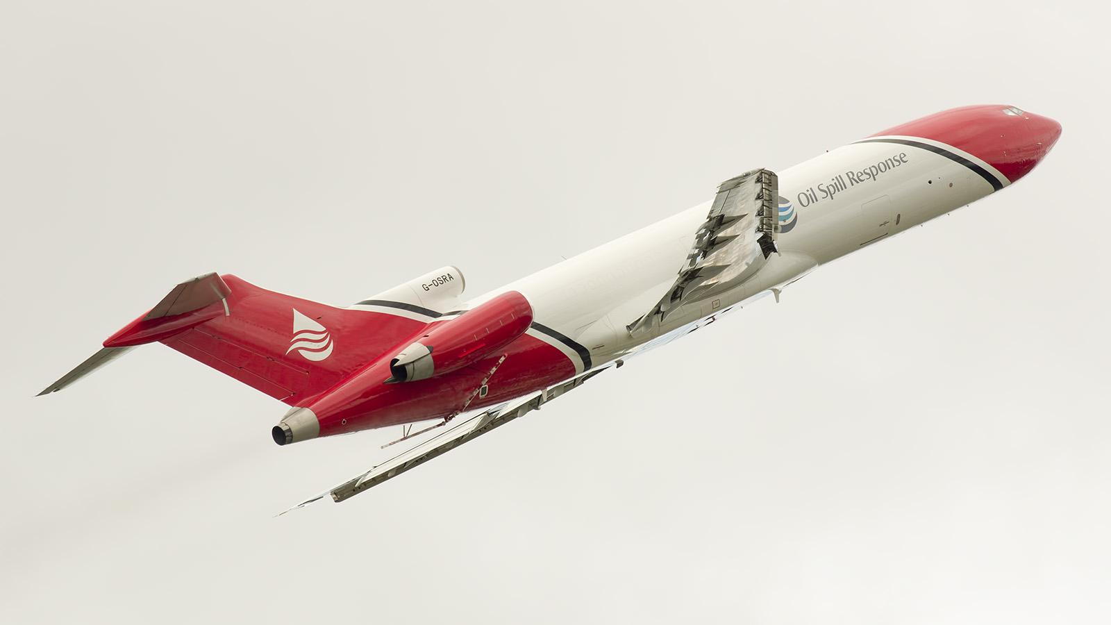 _IMG5966 Boeing 727-2S2FAdv RE Super 27 G-OSRA Oil Spill Response s
