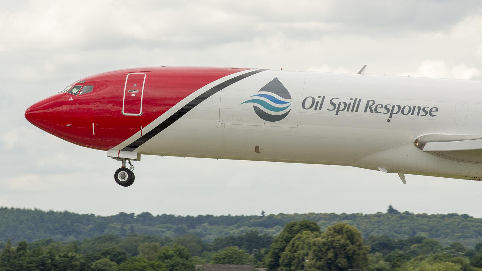 _IMG5971 Boeing 727-2S2FAdv RE Super 27 G-OSRA Oil Spill Response s