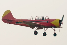 imgp6902-yak52-in-landing-ra-3085k